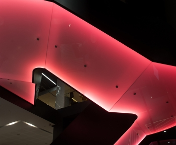 Hotel,<br> Adelaide, SA<br>Custom Toughened Translucent Laminated (Backlit)